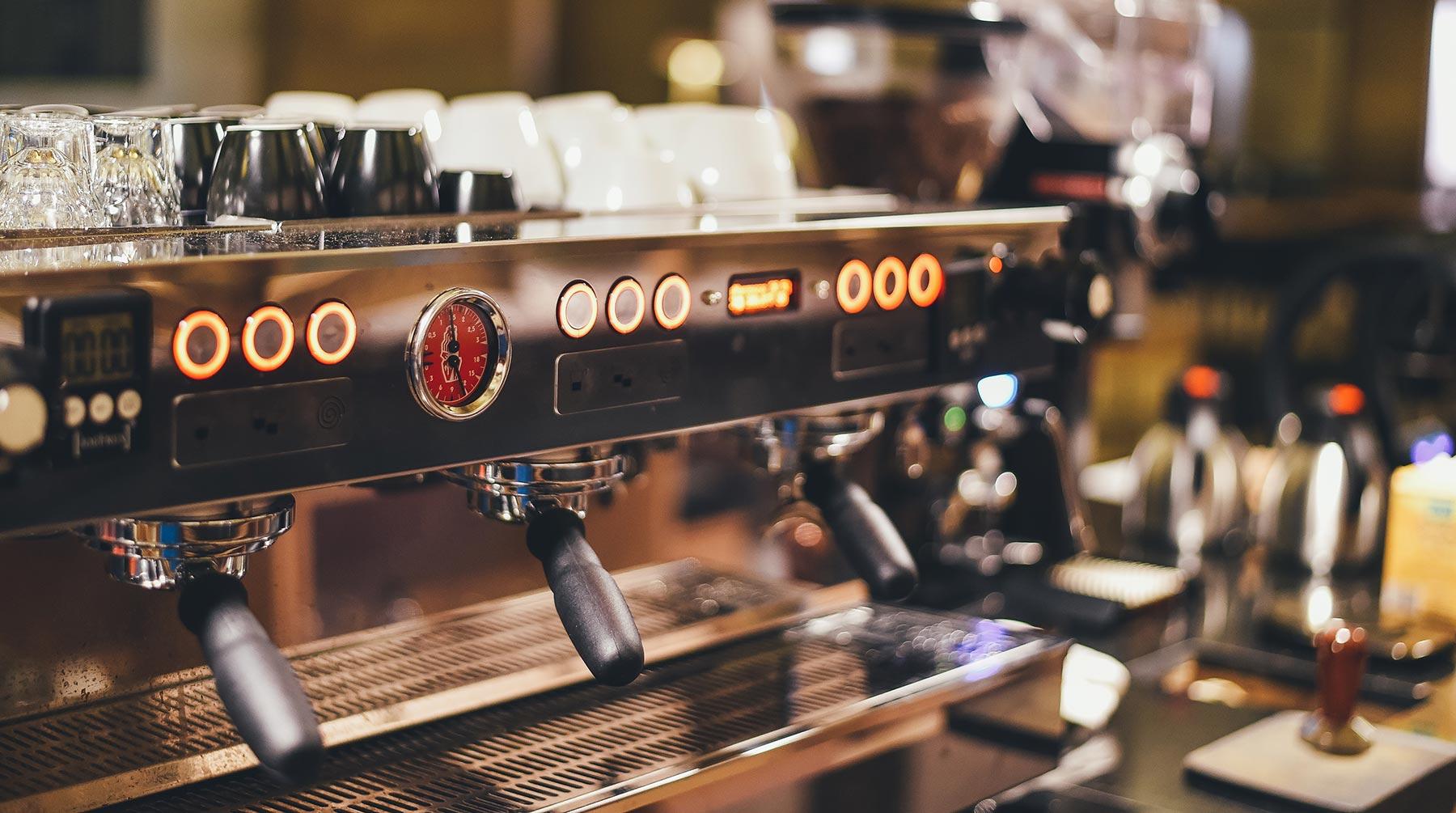 Professionelle Siebträger Kaffeemaschine