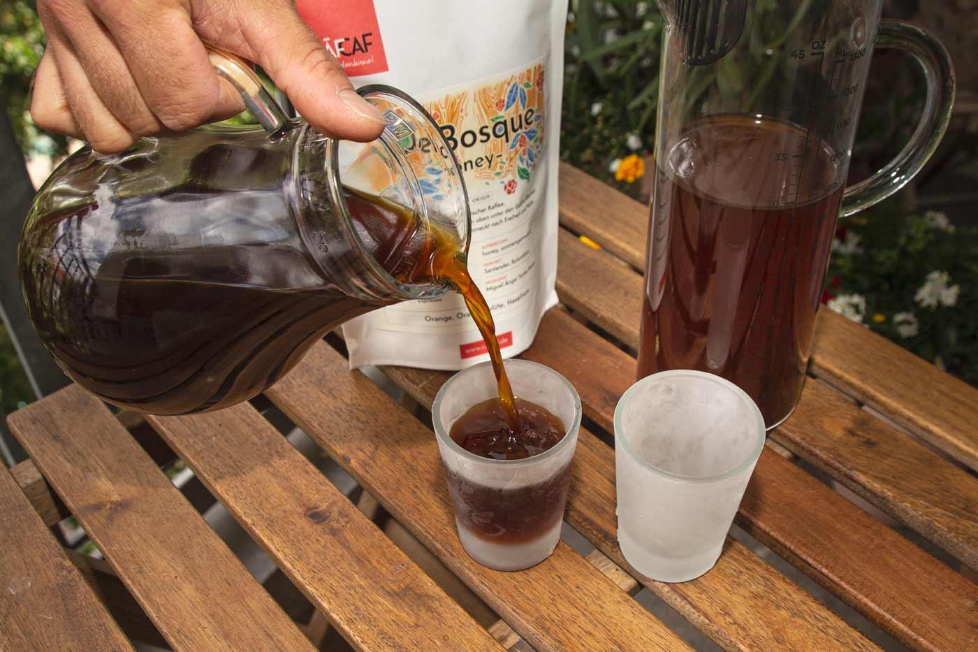 CafCaf Cold Brew Zubereitung: Schritt 4 genießen