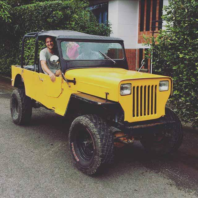 In Eduardos Jeep auf dem Weg zu seiner Farm.