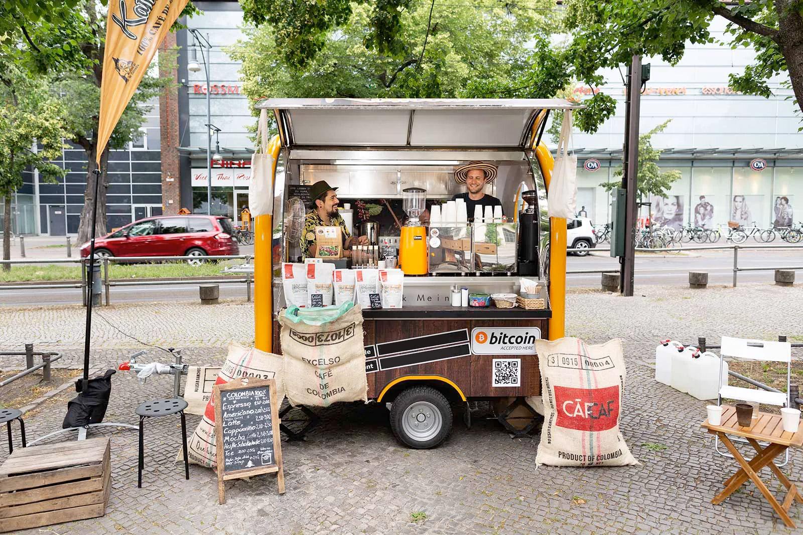 CafCaf Kaffee mobil Catering Ape in Berlin, Brandenburg und Deutschland