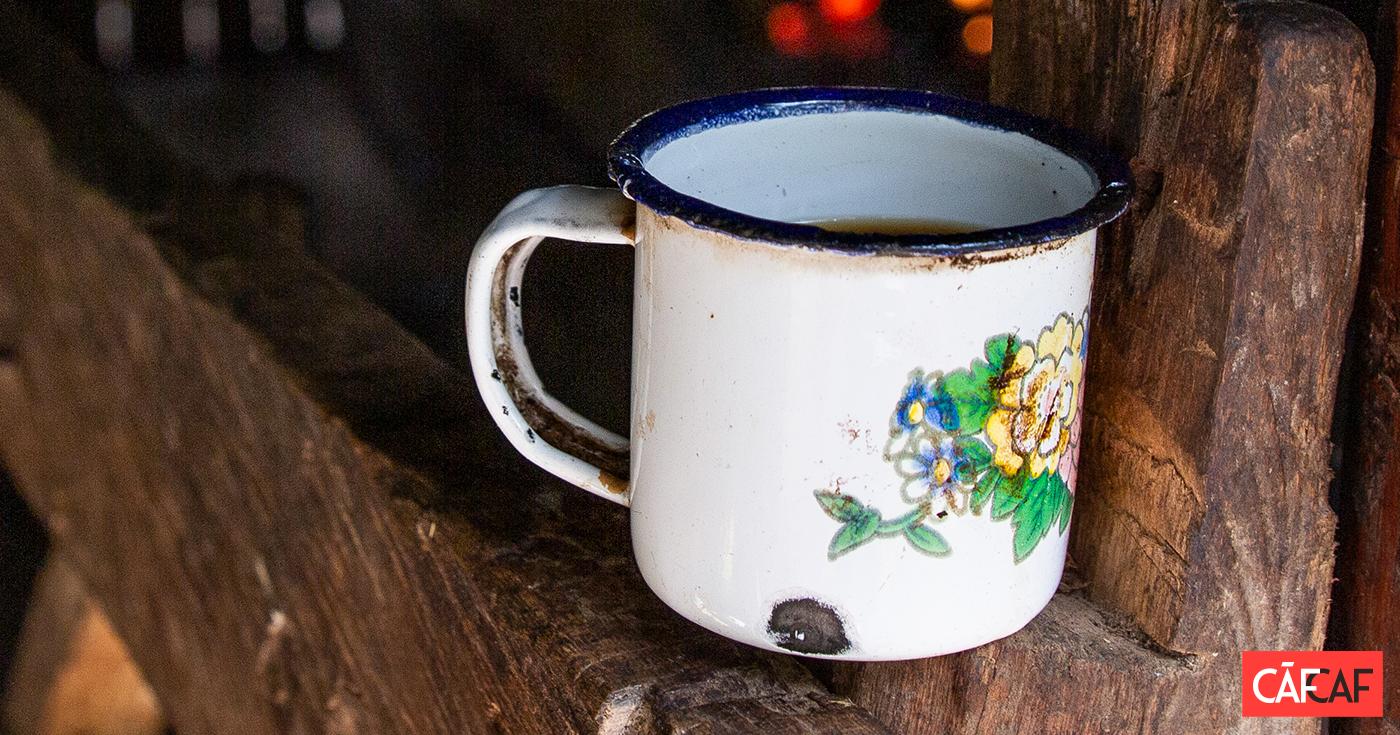 Nostalgie Und Moderne Kaffeetassen Aus Emaille Cafcaf De