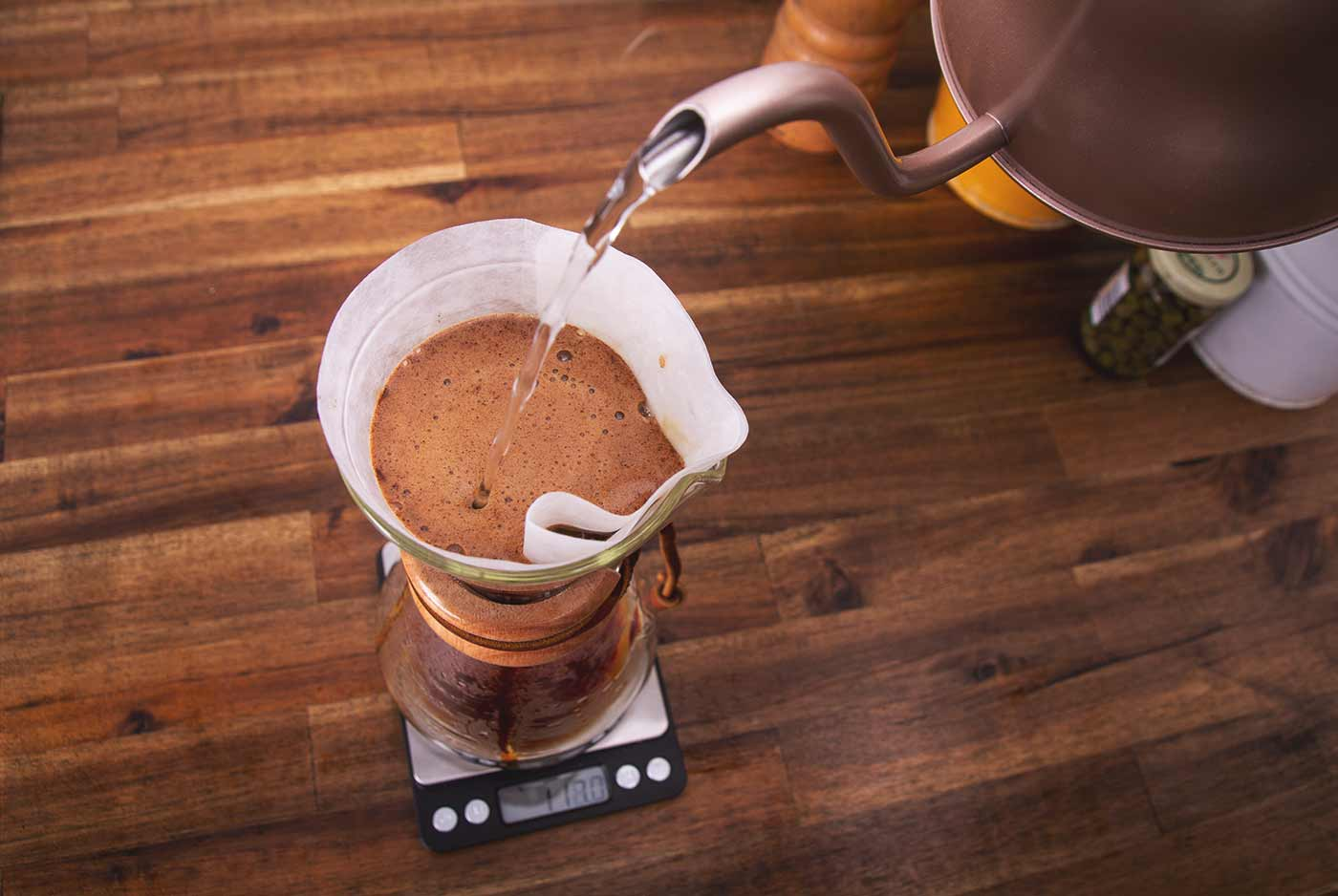 Schritt 4: Den Kaffee übergießen